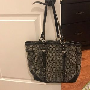 Coach tote. Good condition